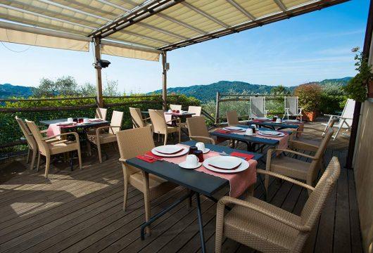 breakfast_on_the_terrace-villapaggi